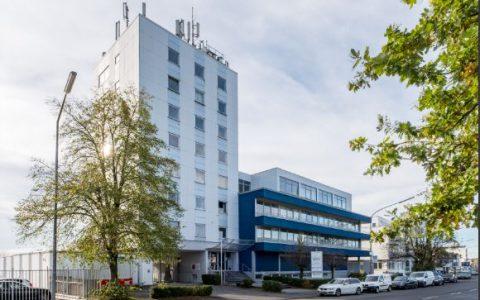Bürogebäude, Robert-Perthel-Straße in Köln